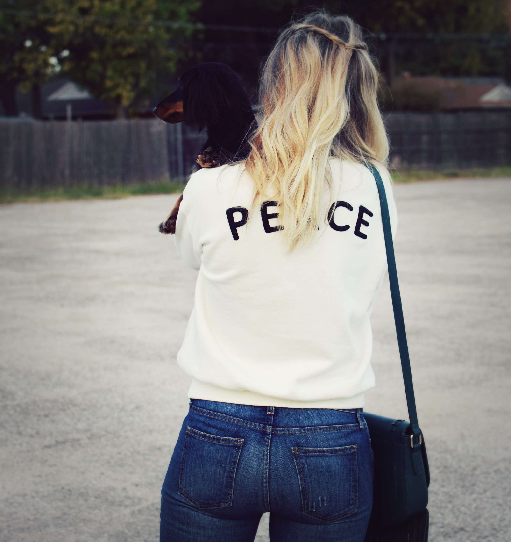 peace_sweatshirt_9